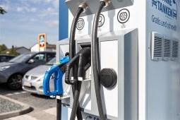 Strom tanken bei Aldi Süd. Foto: Auto-Medienportal.Net/Aldi Süd