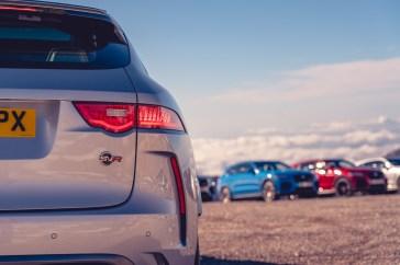 """Das Zeichen """"SVR"""" steht für die Top-Version des Jaguar F-Pace - mit acht Zylindern und stolzen 405 kW/550 PS. © Jaguar"""