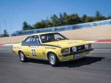 Am Start´auch der Opel Commodore B GS/E von 1972 ist dabei. Hier pilotiert wird der Opel-Klassiker von Bob-Olympiasieger und -Weltmeister André Lange.
