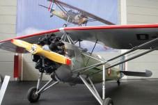 Der 9-Zylinder-Sternmotor passt gut zur militärisch lackierten Morane Saulier.