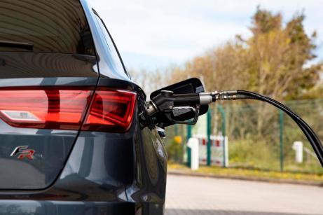 Bereits heute ist die nächste CNG-Tankstelle – anders als etwa beim Wasserstoff – nicht weit. Foto: Seat