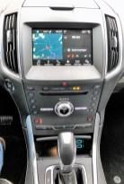 Der 8-Zoll-Touchscreen wirkt im Vergleich zu mancher Konkurrenz etwas klein, ist aber leicht und intuitiv bedienbar.