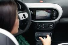 Das neue Infotainment-System umfasst auch eine Rückfahrkamera. © Renault