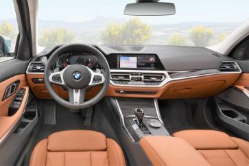Kein Unterschied zur Limousine: Das Cockpit ist ergonomisch gestaltet. © BMW