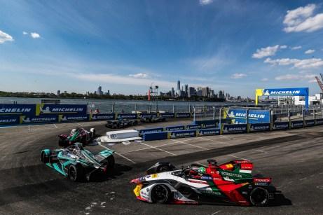 Spektakuläre Kulisse: Die Formel E bestreitet ihr Saisonfinale 2019 in New York. © Audi