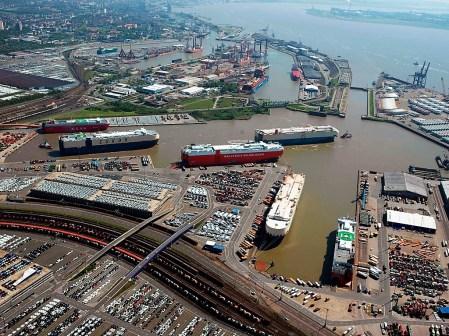 Bremerhaven zählt zu den größten Automobil-Drehscheiben der Welt. Foto: Auto-Medienportal.Net/bremerport