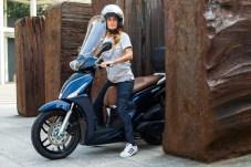 Dank nur 130 Kilo Lebendgewicht ist der New People auch bei Scooter-Pilotinnen gefragt. © Kymco