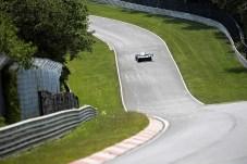 """""""Zwei große Unterschiede zwischen dem ID.R und den Sportwagen, mit denen ich das 24-Stunden-Rennen fahre, sind die deutlich höheren Kurvengeschwindigkeiten und die kürzeren Bremswege"""", sagt Dumas."""