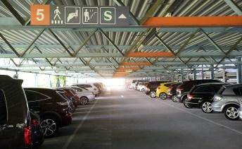 ADAC-Test P+R-Anlagen: Das gebührenpflichtige Parkhaus Österfeld in Stuttgart schnitt am besten ab. Foto: Auto-Medienportal.Net/ADAC