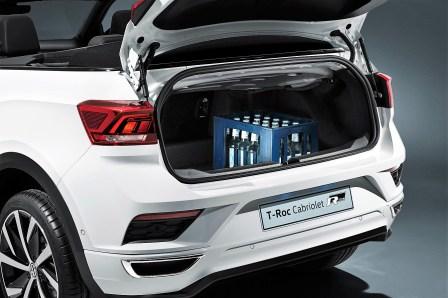 Viel Platz. Das gilt auch für den 284 Liter fassenden Kofferraum, der sich im Segment der kompakten Crossover nicht verstecken muss. Foto: Volkswagen