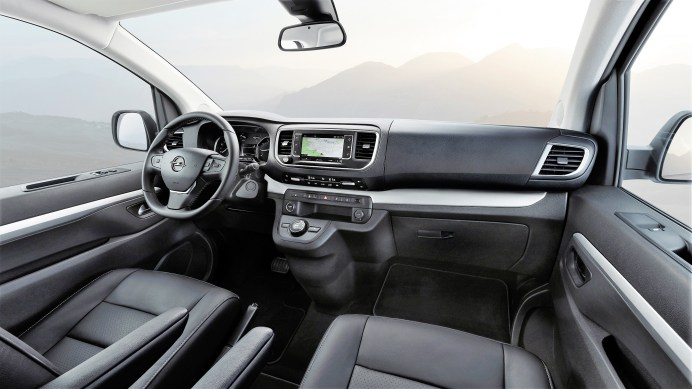 Das Cockpit im Opel Zafira Life © Opel