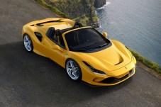 Bis Tempo 45 km/h lässt sich das Verdeck öffnen und schließen. © Ferrari