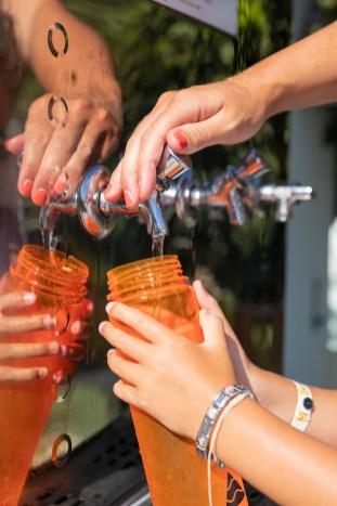 Tourismusunternehmen, wie das Atlantica Sancta Napa Hotel, Ayia Napa, beschäftigen sich zunehmend mit dem Thema und erkennen ihre Verantwortung an, Einweg-Kunststoff zu reduzieren. © TUI