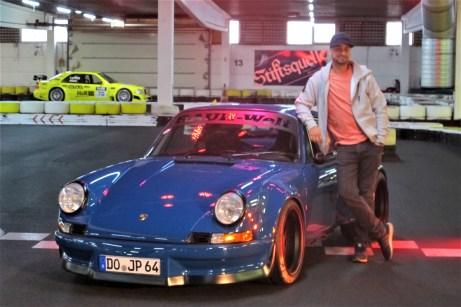 """Ein eigens angefertigtes Petrolblau spendierte Tuningprofi ,,JP"""" Kraemer seinem Porsche."""