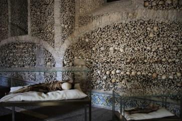 Die Knochenkapelle von Evora hinterlässt bei den meisten Besuchern ein gruseliges Gefühl. © Kurt Sohnemann