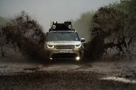 Die Land Rover Experience Tour 2019 ist erfolgreich im Ziel! Rund 2000 Kilometer legten die sechs Gewinner am Steuer des Land Rover Discovery zurück. © Land Rover
