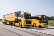 Die Sicherheitssysteme sind sowohl für die Daimler LKW als auch die Busse verfügbar. © Daimler