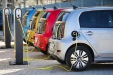 Statt 18,7 kWh fassen die Akkus im VW e-Up nun 32,3 kWh. Das hebt die Reichweite des E-Stadtflitzers von 160 auf 260 Kilometer. © Volkswagen