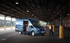 Da passt was rein: Ford Transit. © Ford