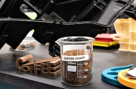 """Zusammen mit McDonald's will Ford einige Fahrzeug-Modelle in die """"grüne"""" Spur bringen - mit Hilfe von Kaffeebohnen. © Ford"""