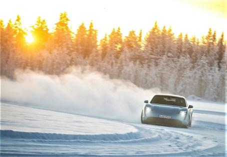 Test unter härtesten Bedingungen: Das Porsche-Testgelände liegt im Polarkreis. © Porsche