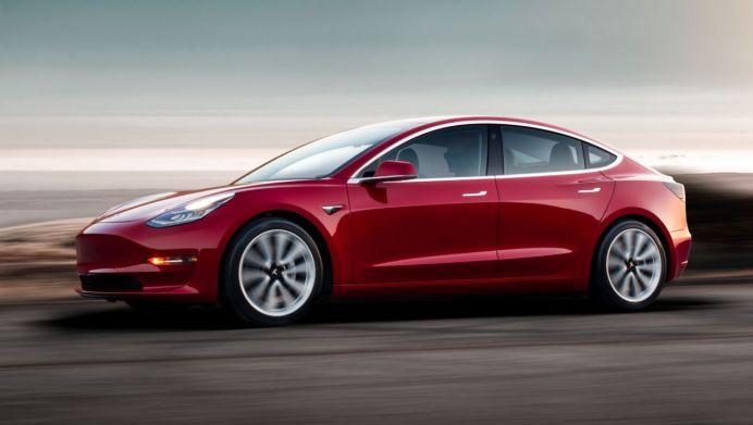 """Fahrzeuge vom Typ Tesla Model 3 stehen im """"zweistelligen Bereich"""" zur Verfügung, sagtge ine Sprecherin. © Tesla"""