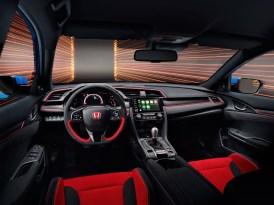 Schmeichel-Lenkrad dank Alcantara im Civic Type R GT. © Honda