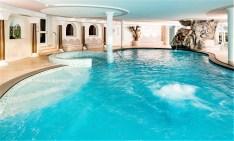 Der große Pool im Hotel Schneeberg. © Hotel Schneeberg