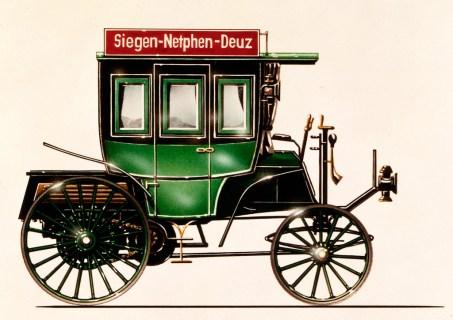 Benz Motoromnibus auf Basis des Benz Landauers mit acht Sitzen, ausgeliefert am 12. März 1895 an die Netphener Omnibus-Gesellschaft für den Liniendienst auf der Strecke Siegen–Netphen–Deuz. Farbige Zeichnung aus den 1980er-Jahren. © Mercedes-Benz