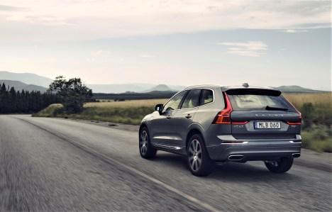Laut Hersteller können Kraftstoffverbrauch und Emissionen durch die elektrische Unterstützung des Verbrennungsmotors unter realen Bedingungen um bis zu 15 Prozent gesenkt werden. © Volvo