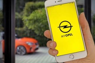 Elektroauto-Fahrer aufgepasst: Die neue Opel-App berücksichtigt nicht nur den Ladestatus der Batterie, sondern auch das individuelle Fahrverhalten in der Vergangenheit. © Opel