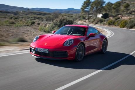 Schnell wie nie: Schon der normale Carrera schafft Tempo 100 in 4,0 Sekunden, eine halbe Sekunde schneller ist der 4S. © Porsche