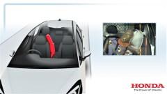 Zentraler Frontairbag im Honda Jazz. Foto: Auto-Medienportal.Net/Honda
