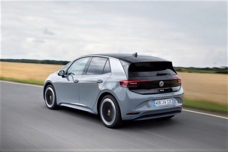 Der Volkswagen ID.3 legte die 531 Kilometer lange Strecke von Zwickau nach Schaffhausen (Schweiz) mit nur einer Batterieladung zurück. © Volkswagen