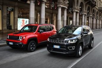 Elektrifiziert: die beiden Jeep-Modelle Renegade (links) und Compass. © FCA