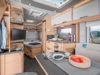 """Hervorragend ausgestattet ist der traditionsreiche Südwind-Caravan """"60 Jahre""""."""