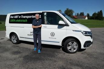 Mit dem Abt e-Transporter 6.1 auf Testfahrt: mid-Autor Rudolf Huber. © Motor-Onformations-Dienst (mid)