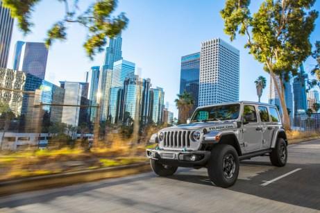 Der neue Jeep Wrangler nennt sich 4xe, kommt Anfang 2021 auf dem europäischen Markt und zählt zu den sogenannten Plug-in-Hybriden (PHEV). © FCA