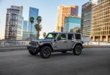 Batterie, Batteriekühlung und das Lademodul sind unter dem Rücksitz untergebracht. Laut Jeep leidet darunter aber nicht die Größe des Innenraums. © FCA