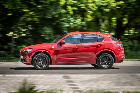 Hohe Position: Der Alfa Stelvio liefert den Beweis, dass ein SUV nicht wie ein Mops aussehen muss. © Alfa Romeo