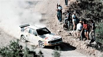 1981 startete Audi erstmals offiziell mit dem quattro in die Rallye-Szene. Mit rund 21 Minuten Vorsprung gewann Franz Wittmann die Jänner-Rallye in Österreich, die zur Rallye-EM zählte. Der Lokalmatador siegte auf allen 31 Sonderprüfungen. Zuvor war bereits im November 1980 ein quattro bei der Algarve Rallye in Portugal als nicht gewerteter aber gezeiteter Vorauswagen mit grandiosem Erfolg eingesetzt worden. © Audi