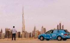 Wiebe Wakker mit seinem Elektro-Golf in Dubai. Foto: Auto-Medienportal.Net/Wakker