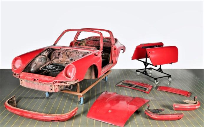 Vor der Restaurierung: Der erste in Deutschland ausgelieferte Porsche 911 S Targa von 1967. Foto: Auto-Medienportal.Net/Porsche