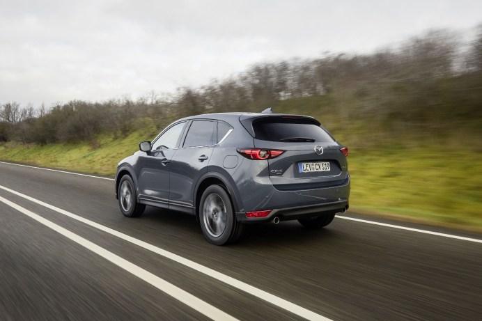 Solide: Der CX-5 besitzt zwar kein spektakuläres Design, erweist sich aber als souveräner Alltags-Begleiter. © Mazda