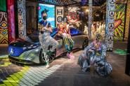 """Das jüngste vollelektrische Mitglied der Mercedes-EQ Familie hat ab 12:00 Uhr einen Live-Auftritt an der Location """"Kraftwerk"""". © Mercedes-Benz"""