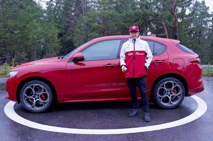 Auch im finnischen Winter flott unterwegs: Formel-1-Star Kimi Räikkönen mit dem Alfa Romeo Stelvio. © FCA