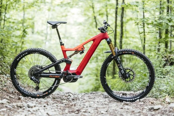 """Die Schweizer E-Bike-Pioniere von Flyer bringen mit dem """"Uproc6"""" ein Enduro-E-Mountainbike aus Carbon an den Start. © pd-f.de"""