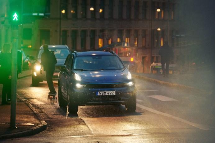 In Göteborg und Amsterdam ist der Lynk & Co 01 schon unterwegs. © Lynk & Co