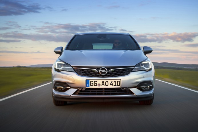 Der Opel Astra wird zum lohnenden Objekt auf dem Automarkt. © Opel