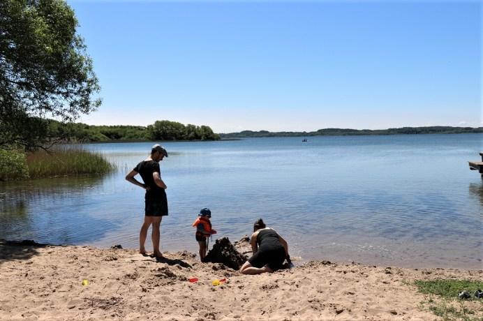 Malerisch lädt der Selenter See bei Pülsen zum Baden ein. © Kurt Sohnemann